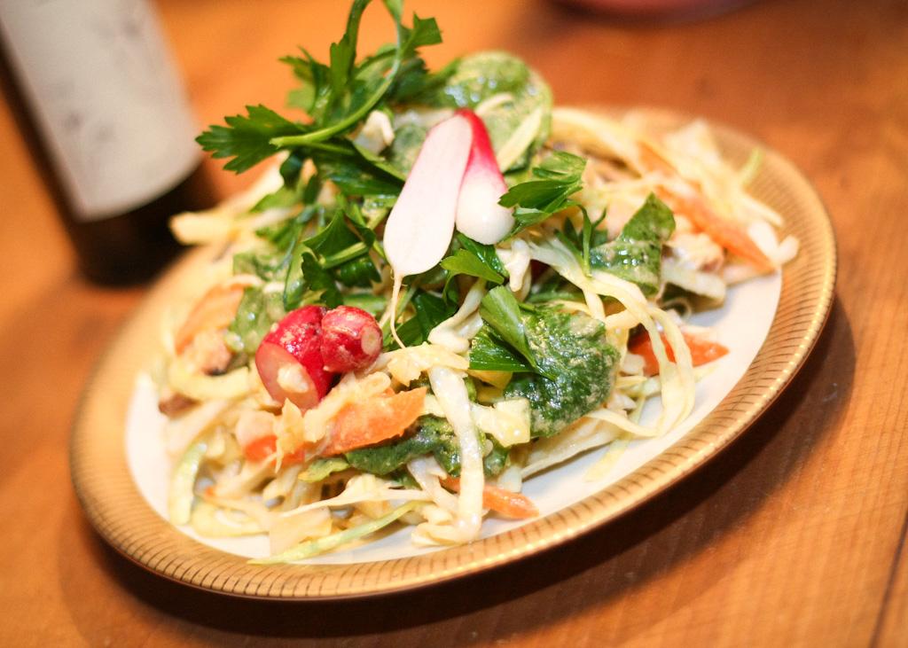 Spitzkohlsalat mit grünem Currydressing