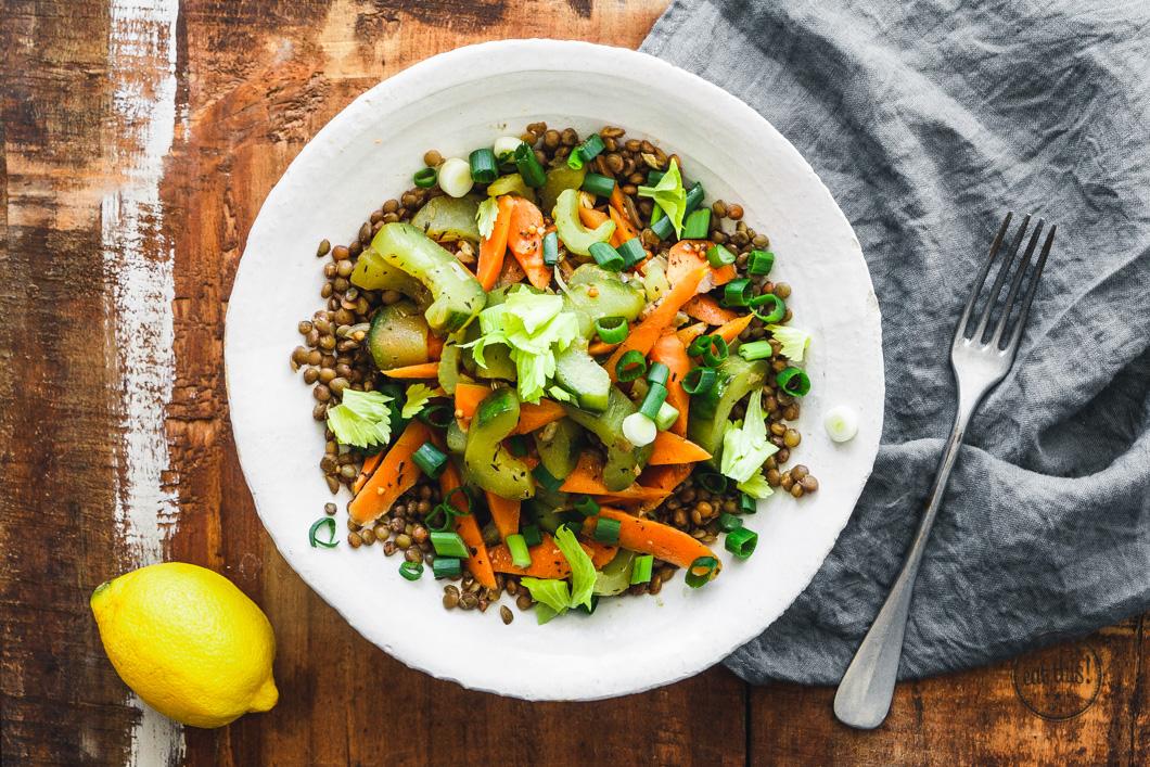 Puy-Linsen mit Gemüse