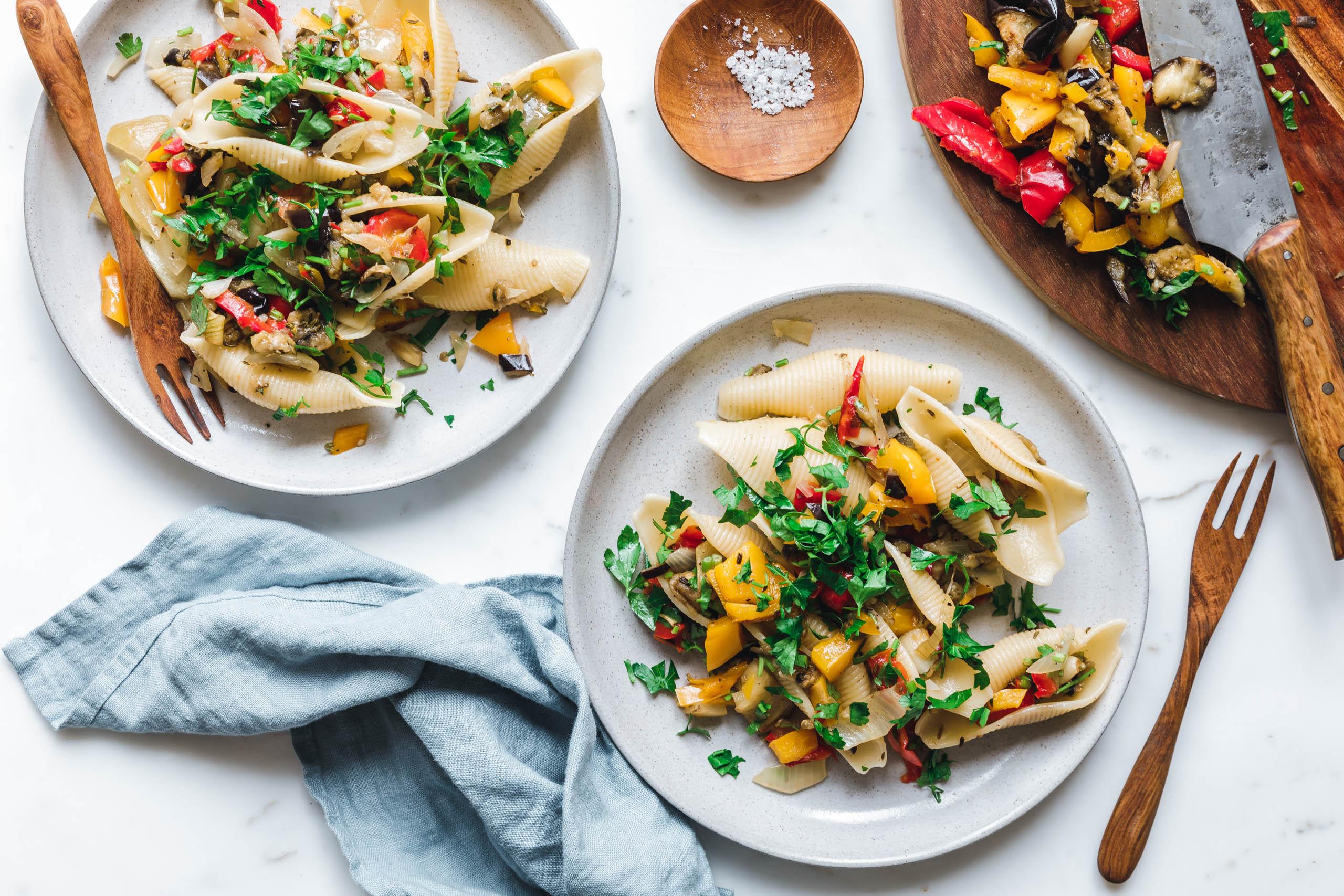 Conchiglie mit geröstetem Gemüse