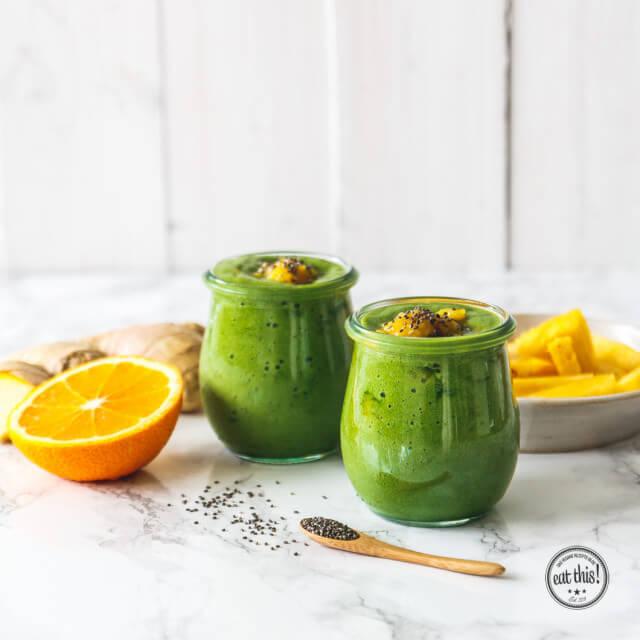 fr hst cks smoothie mit ananas mango eat this vegan food lifestyle. Black Bedroom Furniture Sets. Home Design Ideas