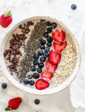 Superfood-Smoothie-Bowl