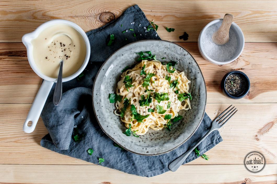 Spaghetti Alfredo Mit Cremiger Blumenkohl Sauce Eat This Foodblog