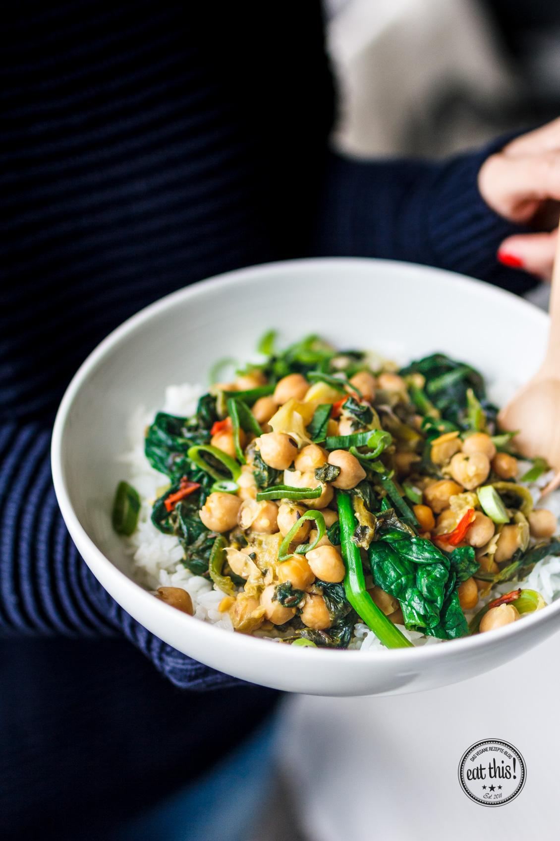 Spinat-Kichererbsen-Curry mit Kapern