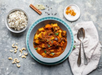 Kaschmir Curry mit Cashews & Garam Masala