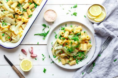 Rigatoni mit geröstetem Zitronenfenchel