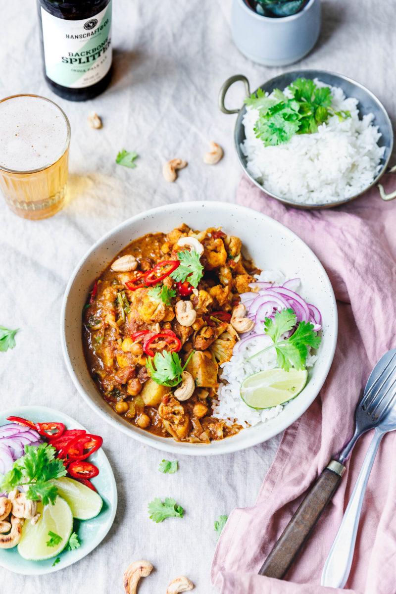 Aloo Gobi – Blumenkohl-Curry mit Kartoffeln & Kichererbsen