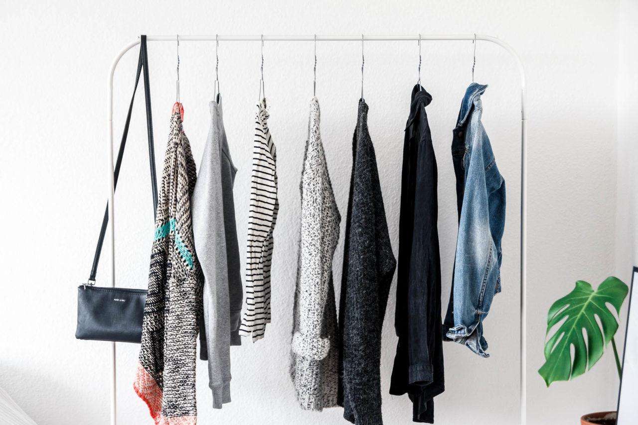 Capsule wardrobe unser minimalistischer kleiderschrank for Minimalismus im kleiderschrank