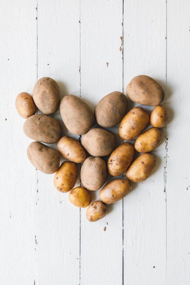 Kartoffelherz - Kumpir mit Couscous & knackigem Salat