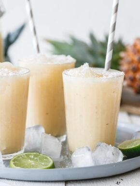Geeister Ananas-Kokos-Mocktail