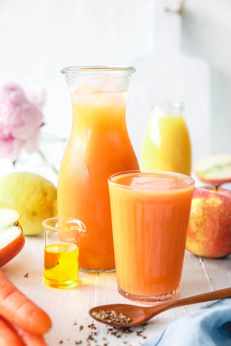 Leckerer Frühstückssmoothie mit Apfel & Karotte – 5 a day!