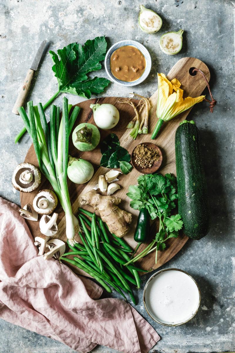 Grünes Thai-Curry mit Zucchini & Auberginen