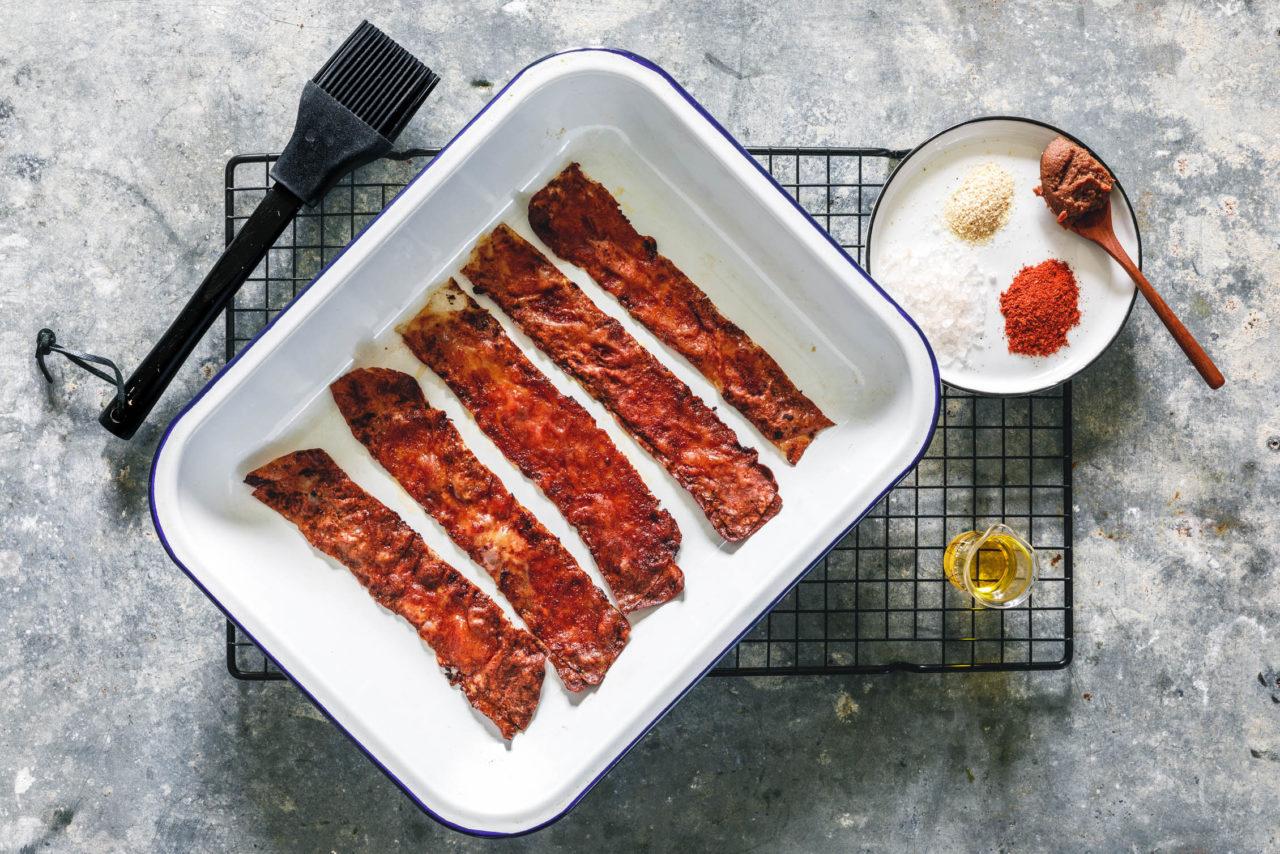 Veganer Bacon aus Reispapier mit leckeren Gewürzen