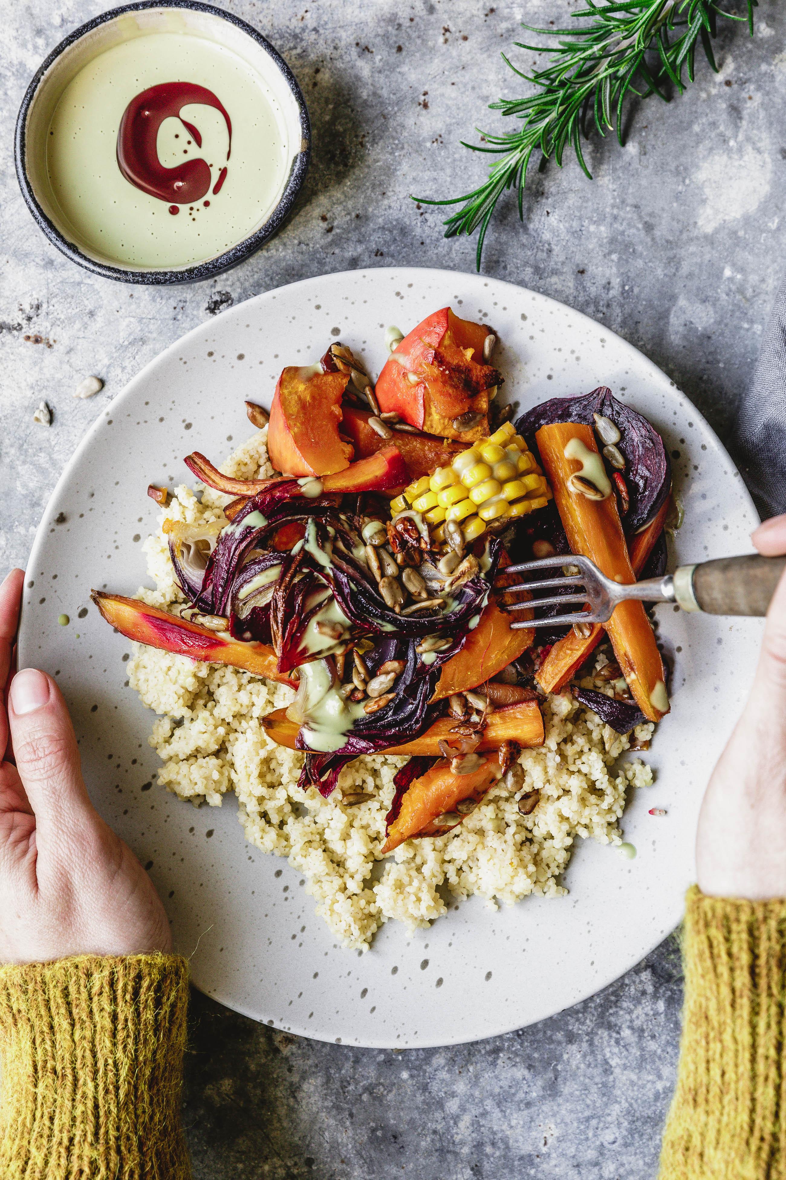 herbstliches ofengem se mit hirse k rbiskern l dip eat this foodblog vegane rezepte stories. Black Bedroom Furniture Sets. Home Design Ideas