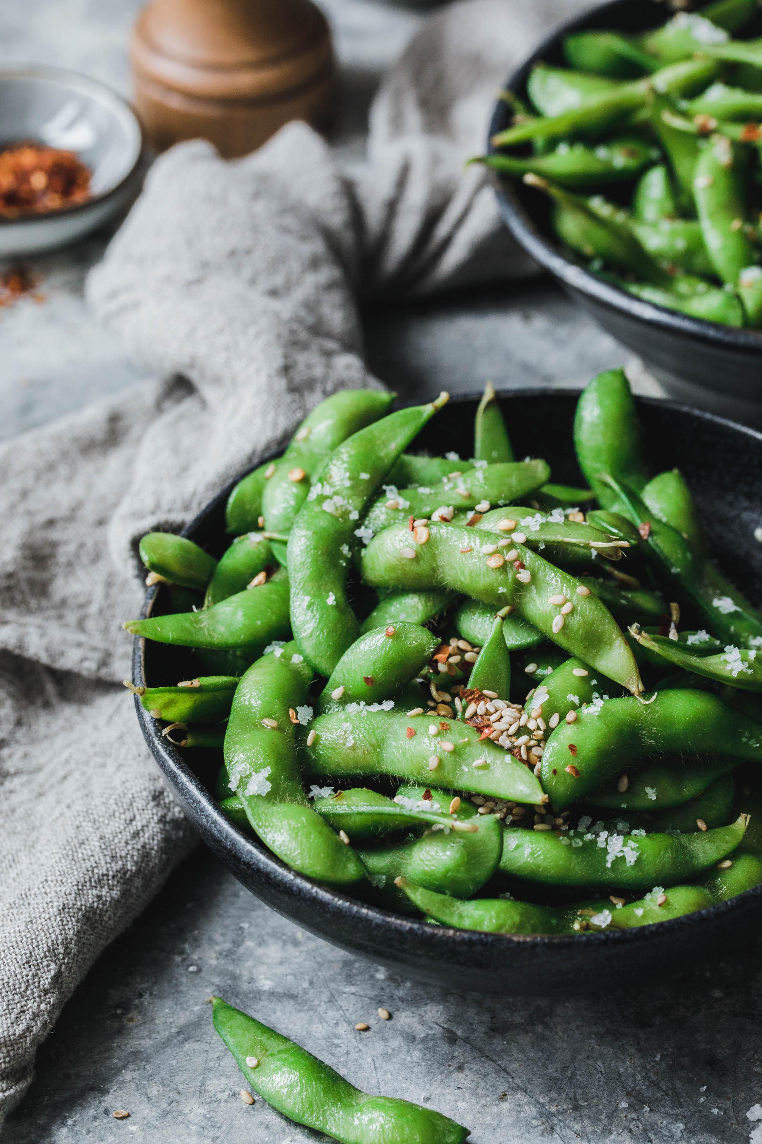 edamame mit sesam chili eat this foodblog vegane rezepte stories. Black Bedroom Furniture Sets. Home Design Ideas
