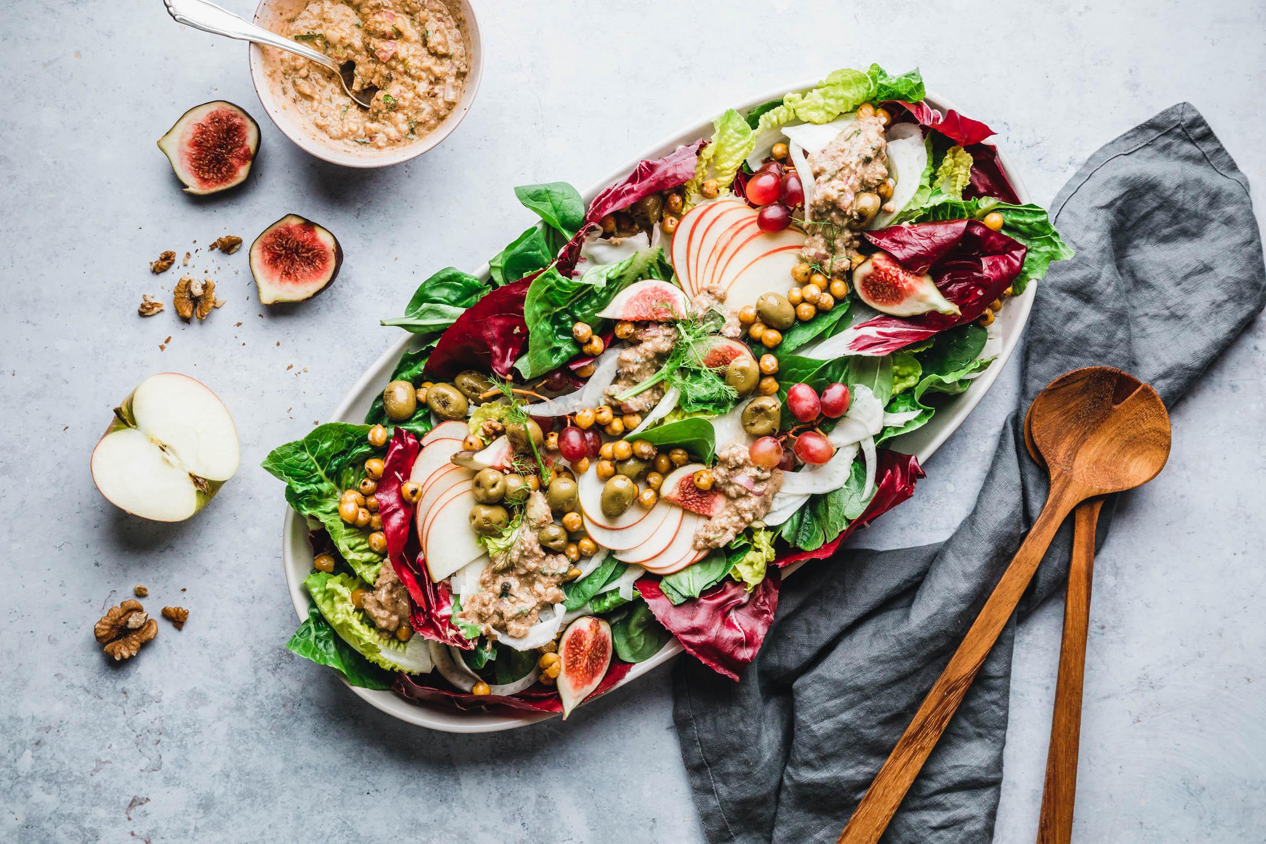 Herbstsalat mit Next Level Walnuss-Miso-Dressing