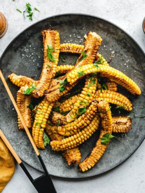 Corn Ribs –gegrillter Mais mit Worcestershire-Marinade